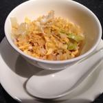 37702250 - 蟹肉、干し貝柱とレタスの炒飯