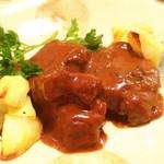 プチット リュ - 伊江牛ほほ肉の赤ワイン煮こみ