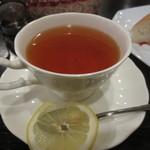 喫茶デリカ - レモンティー