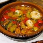 ベヂロカ - 海老と彩り野菜のアヒージョ