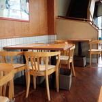 TO-FU CAFE FUJINO - まだ空いてる店内