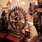 サムラート - 入口の装飾