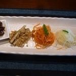 37711053 - 季節野菜の彩り前菜
