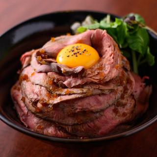 【ゴーゴーイレブン】人気のボリューム肉ランチ♪