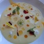 37716203 - シトラスの冷たいスープ