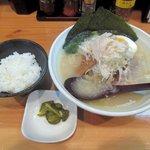 麺や七福 - 鶏白湯白醤油+平日ランチタイム小ライスサービス2015.05.07