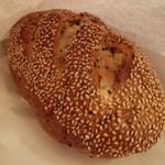 手仕事パン工房 榮や - 料理写真:さつまいもとごまのパン