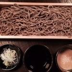 天晴酒場 - 茨城産 玄そば 太麺 680円