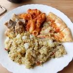 タンバール - チキン、マカロニ、ピザ、ピラフ
