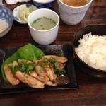 幸の鶏 - モモ焼ランチ800円