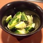 侍゛ - きゅうりの韓国味