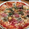 ミラノ亭 - 料理写真:ハムとキノコのピッツァ