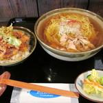 そば処 ヤマモ - 料理写真:配膳時。