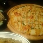 37742292 - キムチとチーズのヒラヤーチ