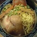 麺家とみ - 料理写真:以前食べた尾道らぁめん(平打ち麺)