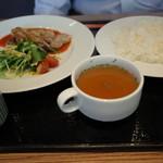 レストラン クロワッサン -