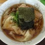 支那そば一麺 - 醤油ワンタンメン(830円)