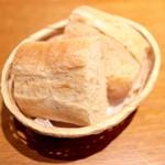 マチェレリーアディタケウチ - 自家製全粒粉のパン 1カット (54円x2) '15 3月下旬
