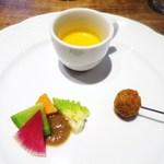 プリンチピオ - バターナッツのスープ  バーニャカウダ  オリーブの肉詰フリット
