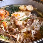めん房なかもと - 牛饂飩鍋 鍋アップ