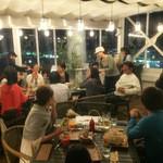 ルーフトップス - オープンな雰囲気でパーティも盛り上がります!