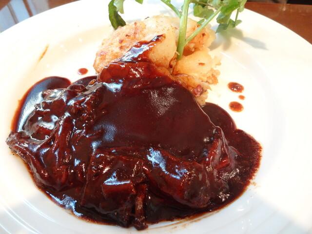 レストラン大宮 - ビーフシチューマデラソース