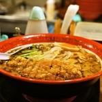 万世橋酒場 - 2015.5 豚骨排骨拉麺(950円)
