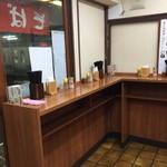 大江戸そば - 店内カウンター2015年5月