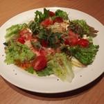 博多慶州銀中店 - サラダ