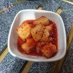 炭火焼肉・韓国家庭料理 ソナム - カクテキ