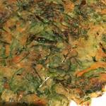 韓国料理 二階屋 - 青唐辛子入りゴマの葉入りチヂミ