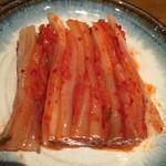 韓国料理 二階屋 - 白菜キムチ
