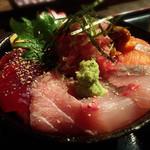 高半 - 海鮮丼