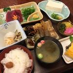 37786426 - 鹿肉定食