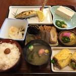 37786427 - 焼き鮎定食