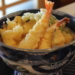 むさし屋 - 天丼 900円