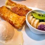 デニーズ - 料理写真:パンケーキ&フレンチトースト食べ放題@フレンチトースト
