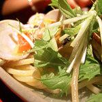 バロンルージュ - 水菜とあさりのパスタ