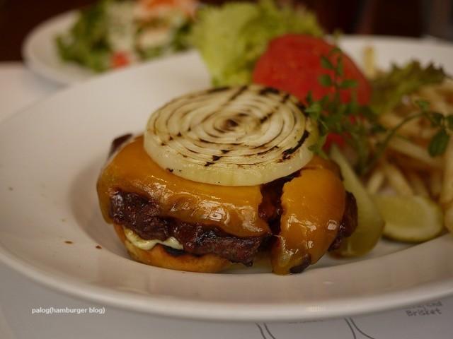 37 Steakhouse & Bar>