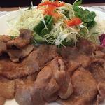 37804507 - 生姜焼き肉アップ:ボリューミー