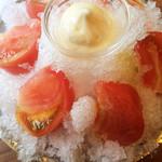 かき小屋 - 冷やしトマト