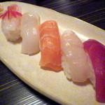 You禅 - 生寿司