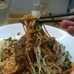 ダンダン亭 - 正宗坦々麺リフトアップ