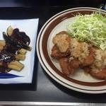 お食事処 さと - 豚唐揚げと味噌ナス