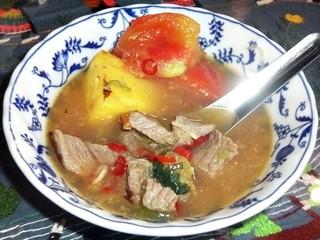 アンコール・トム - パイン・トマト・サワースープ 取分け