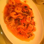 食彩工房 メルカート - 海老とほうれん草のトマトスパゲッティ 980円