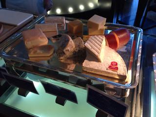 ブッフェダイニング オーシャンテラス - チーズフェア