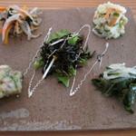 Oomurokeishokudou - 前菜のプレート。