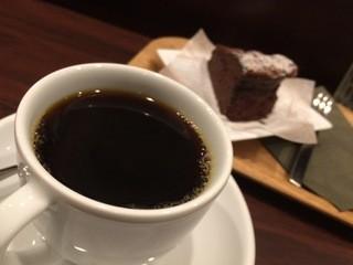 すずのすけの豆 - バカマラ&自家製濃厚チョコレートケーキ