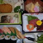 つたや - 寿司入り幕の内弁当 1,400円